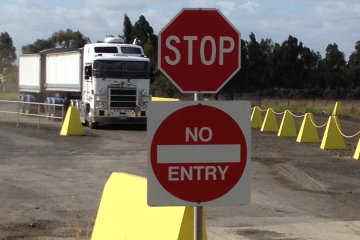 Traffic management for quarries and construction sites
