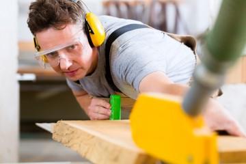 work-safety-carpenter